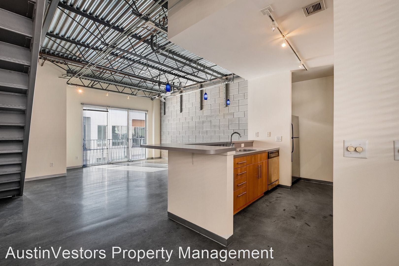 4801 S Congress Avenue Unit F2